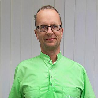 dr-Kenderfi-Gábor